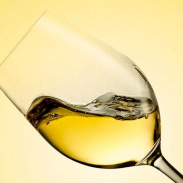 Vino: raggiunta l'intesa con le regioni sulla vendemmia verde