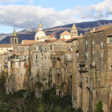Sant'Agata de Goti: messa in sicurezza delle strade del centro Storico.