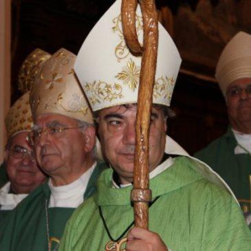 Il vescovo Mimmo Battaglia ha incontrato i sindaci dei comuni ricadenti nel territorio diocesano