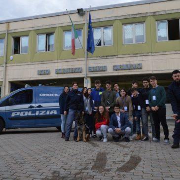 """Al Liceo Rummo il progetto """"A Scuola di Polizia"""""""