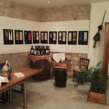 """Guardia Sanframondi. Inaugurata nella suggestiva location della  Casa di Bacco la mostra """"Un Eco per tutti"""""""