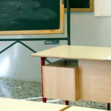 Scuola: Sgambato (PD), taglio 5mila cattedre, record supplenze