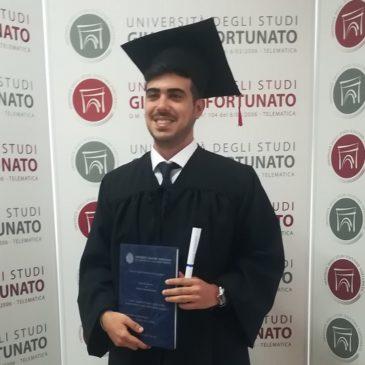 Consegue la Laurea Magistrale in Gurisprudenza Silvio Chiusolo