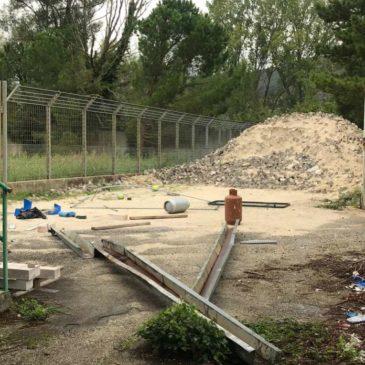 Telese Terme. Rifiuti nel campo sportivo: scoppia un nuovo caso, la scuola calcio lascia lo stadio comunale