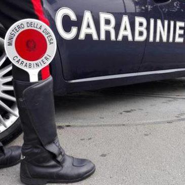 Tragedia sfiorata in Campania: 17enne accoltella e ferisce ex fidanzata