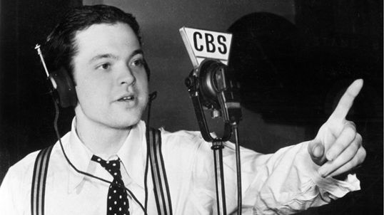Accadde oggi: 30 ottobre 1938, la CBS annuncia lo sbarco degli alieni negli USA