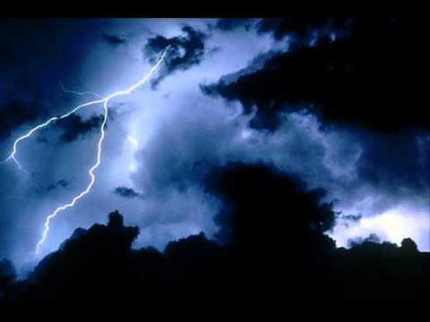 Benevento. Domani scuole, cimitero e parchi cittadini chiusi per l'allerta meteo
