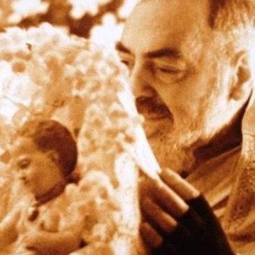 Immagini dal Sannio: Padre Pio da Pietrelcina e il suo amore per Gesù Bambino