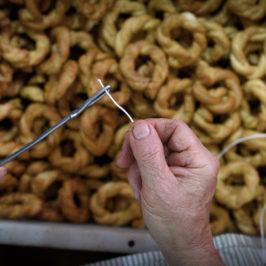 Immagini dal Sannio: taralli e struppoli, delizie salate del Titerno