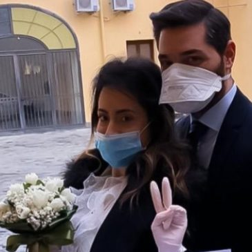 In Campania, gli sposi che affrontano l'emergenza in guanti e mascherine