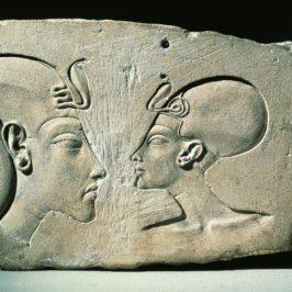 Il culto del dio Sole: Akhenaton e Nefertiti