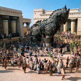 Accadde oggi: 24 aprile 1184 a.C., un cavallo di legno espugna Troia