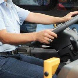 Preso a pugni autista bus che chiede rispetto delle norme anti-Covid