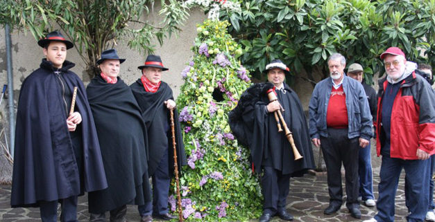 Immagini dal Sannio: l'antico rito della Pagliara Maje-Maje di Fossalto