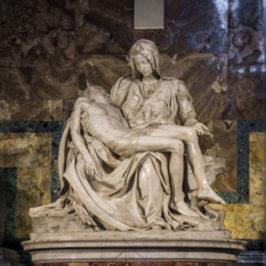 Accadde oggi: 21 maggio 1972, la Pietà di Michelangelo danneggiata da un malato mentale