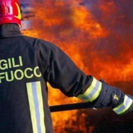 In fiamme un garage nel Sannio