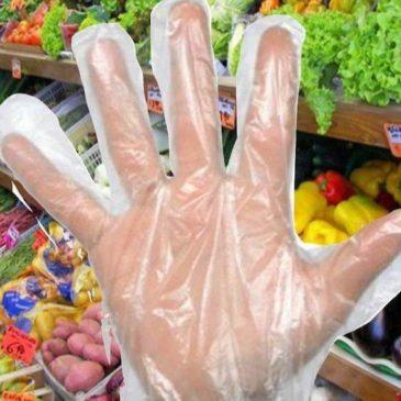 """L'OMS dice: """"no ai guanti, possono aumentare il rischio dei contagi"""""""