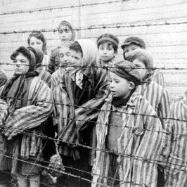 Accadde oggi: 10 ottobre 1944, ad Aushwitz lo sterminio di 800 bambini Rom