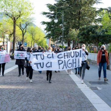 Telese Terme, protesta dei commercianti:  l'impegno dei sindaci