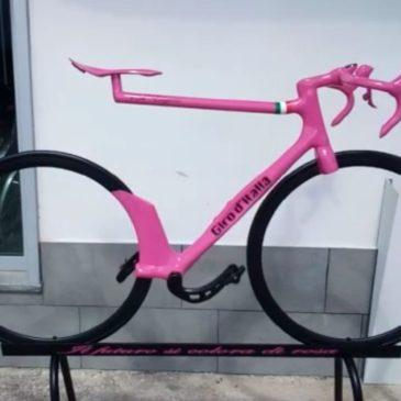 Salvatore e Mario Tribisonna: segreti e curiosità della bici futuristica simbolo dell'ottava tappa del Giro