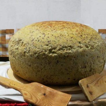"""Immagini dal Sannio: la grande frittata di Montaquila, simbolo di vita ed erede della """"Tuzza"""""""