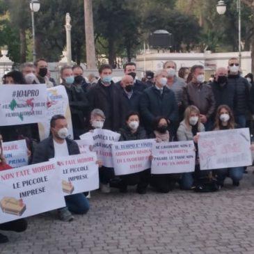 Telese: sit-in pacifico delle partite IVA penalizzate dalla chiusure a causa della pandemia