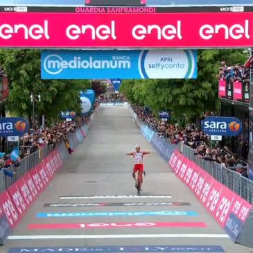 Il francese Victor Lafay vince la tappa sannita del Giro d'Italia. Il video