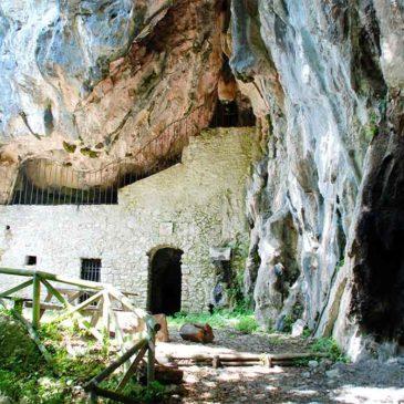 Immagini dal Sannio: il culto micaelico e la grotta di San Michele Arcangelo a Faicchio