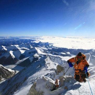 Accadde oggi: 8 maggio 1979, alla conquista dell'Everest senza bombole d'ossigeno