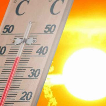 Allerta meteo della Protezione Civile in Campania per ondata di calore: 8 gradi più della media