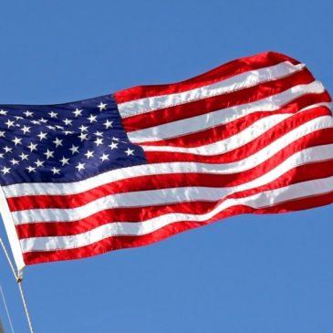 Accadde oggi: 14 giugno 1777, gli USA adottano la bandiera a stelle e strisce