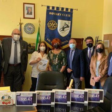 Club Rotary Valle Telesina: consegnati dieci  tablet alle scuole presenti sul territorio